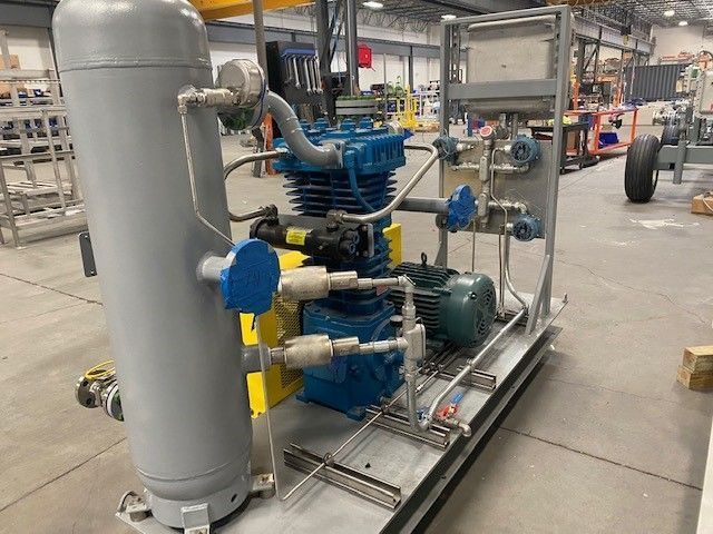 Small vent gas recovery compressor skid